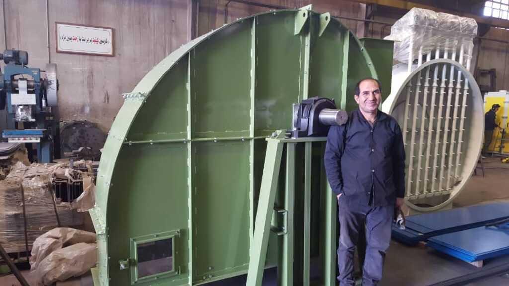 ساخت بالابرهای قاشقکی پروژه سیلوی گرمسار